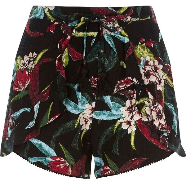 River Island Black tropical floral print frill shorts (785 EGP) ❤ liked on Polyvore featuring shorts, black, smart shorts, women, loose fit shorts, frilly shorts, woven shorts, elastic shorts and loose shorts