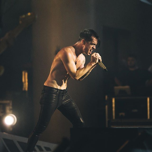 Brendon Urie, one of the few singers who are better live and in person!!!
