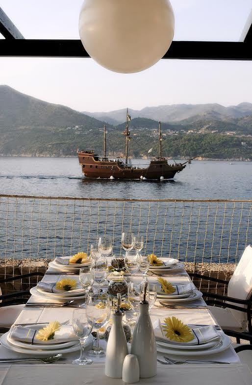 Planujecie lub marzy Wam się ślub w Chorwacji? Nic prostszego! Wystarczy wysłać zapytanie do dwóch przemiłych dziewczyn z I Do in Du, które zajmą się wszystkim od A do Z! Zero ściemy, napiszcie pod http://idoindu.com/pl/kontakt i przekonajcie się sami. A już niebawem więcej o ofercie I Do i Du oraz właścicielkach Darii i Paulinie przeczytacie na naszym blogu!  P.S. Przyszli małżonkowie, naprawdę nie ma na co czekać, zaklepujcie terminy! :)  #Dubrownik #Czarnogora #SlubwChorwacji