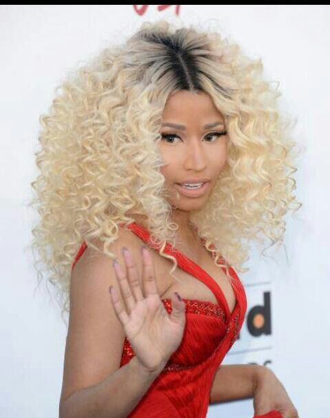 love nicki minaj blonde curly hair wonders of weave