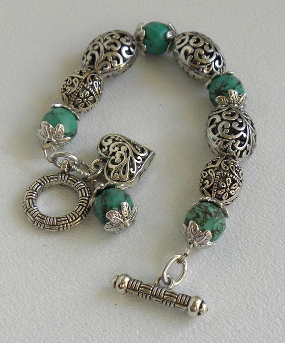 @Megan Ward Kaminski Isabella Handmade Beaded Bracelet...Good present for mom