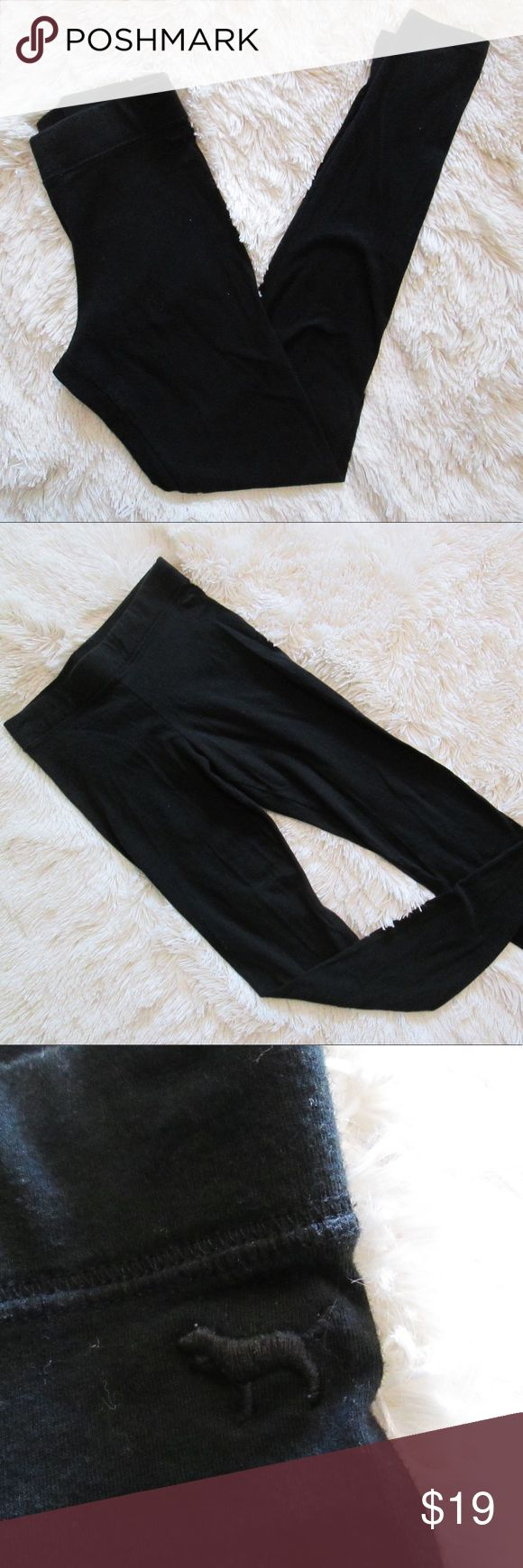 Pink Victoria's Secret dorm black cotton leggings These comfortable and basic leggings are in excellent condition! No flaws and perfect for warming up for the Fall weather. Fits true to size at XS. 💕Bundle with just one other item for 15% off! PINK Victoria's Secret Pants Leggings