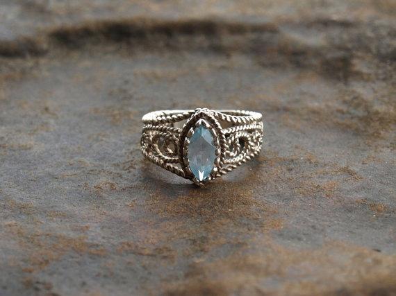 Vintage Avon Sterling Silver Aquamarine Ring Vintage
