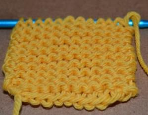 The Easiest Knitting Stitches for Beginners: Garter Stitch