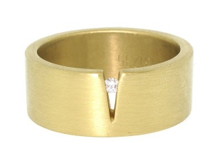 Niessing Notch Ring  Niessing were the very first to do secure tension set diamonds.