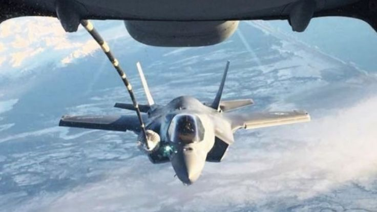 USMC Mulai Operasikan Armada Jet Tempur F-35B | http://www.hobbymiliter.com/5398/usmc-mulai-operasikan-armada-jet-tempur-f-35b/