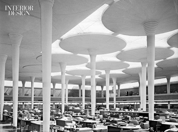 There was no place for pushpin panels in the rows of desks assembled amid the concrete columns at Frank Lloyd Wright's Johnson Wax building in Racine, Wisconsin, circa 1951. Photo by Wayne Andrews/Esto.  (via Interior Design)
