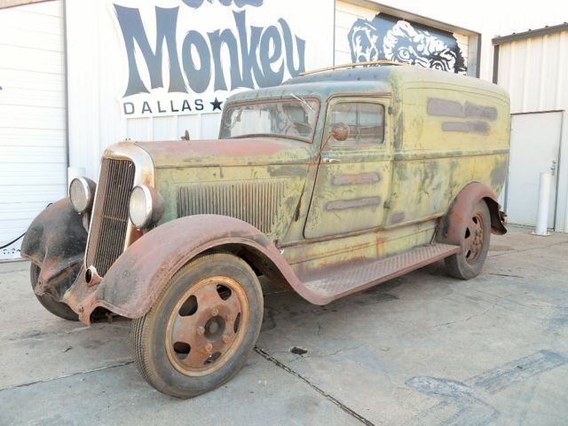 1935 Dodge Humpback Delivery truck