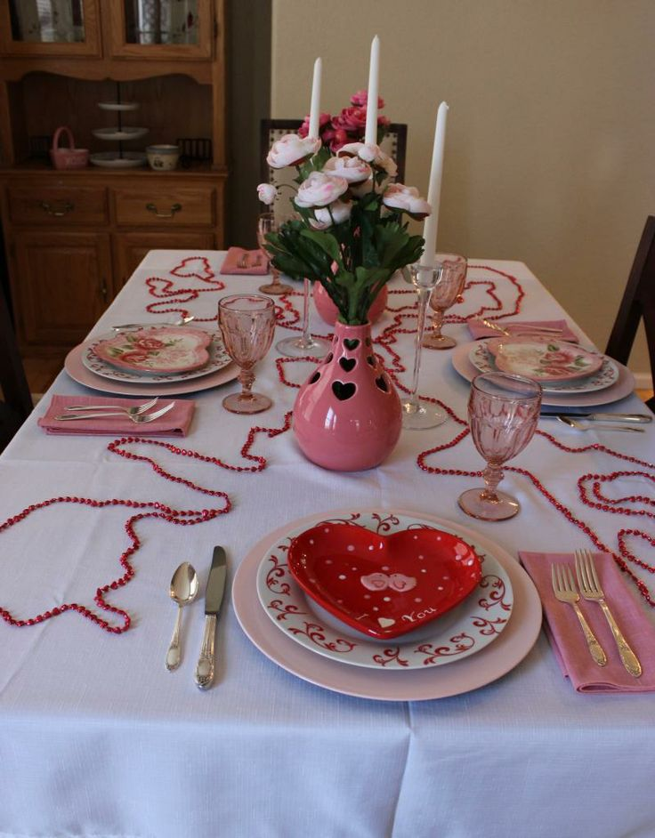 valentine 39 s day tablescape valentines small plates and