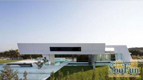 Zaha Hadid发布超级游艇设计理念 - 知名设计师 - 中国海事服务网CNSS