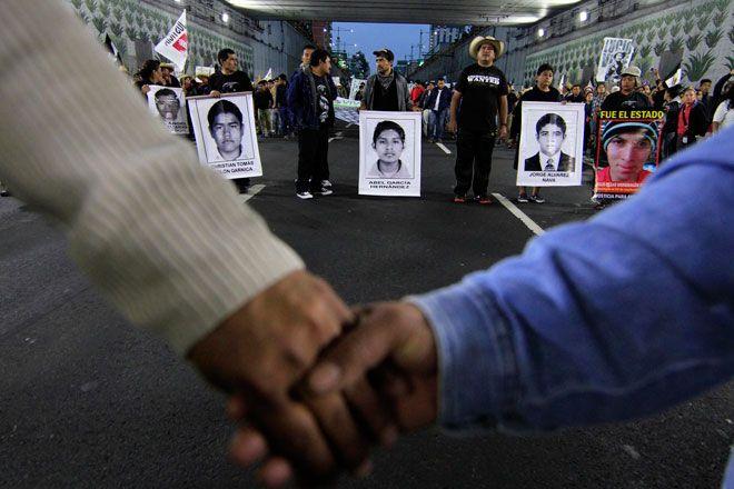 Últimas noticias de los 43 normalistas desaparecidos de Ayotzinapa, hoy 8 de diciembre de 2014