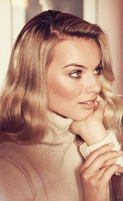 Margot Robbie Vogue Australia 2013