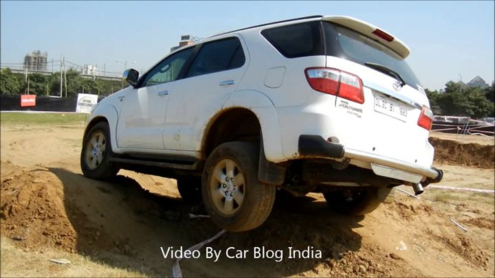 Toyota Fortuner Off Roading