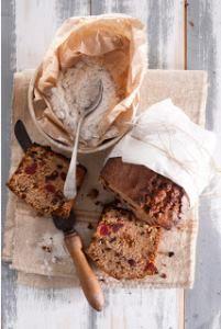 Vinnige Vrugtekoek Broodjie Lewer 1 koekbrood Bereidingstyd: 15 minute Baktyd: 1 uur Vrugtekoek Mengsel Bestanddele •500 ml (2 k) k...