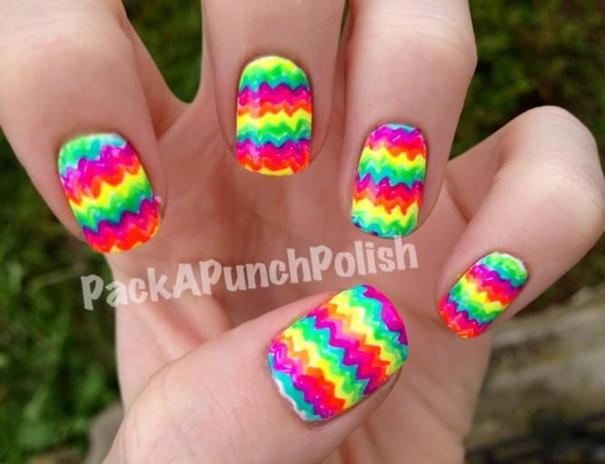 DIY Nails Art :DIY Neon Nails Art : Neon Nail Polish
