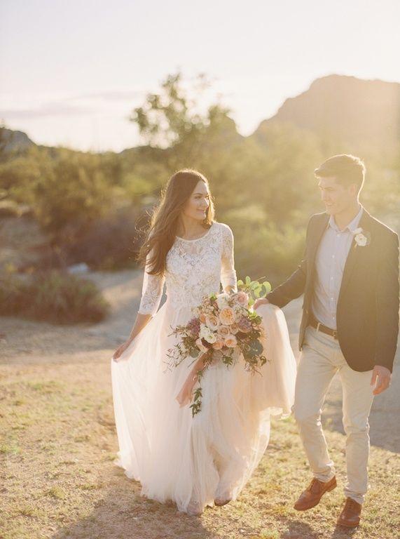 Organic and Earthy Arizona Desert Wedding Ideas | Wedding Sparrow | Of Georgia Photography