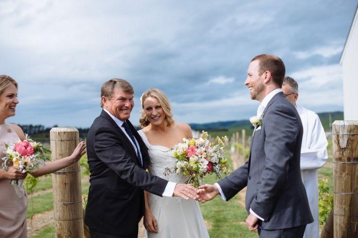illustro-wedding-photographer-martinborough-emma-jason-038
