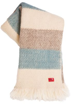 Karandila V - bulgarian woolen blanket available on balkanova.cz