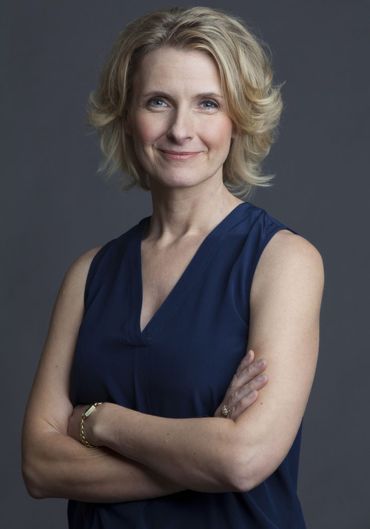 Beloved author Elizabeth Gilbert offers must-read advice that frees you from the internal voices, the criticism and the fear holding you back from your potential. Discover the truth about the creativity in all of us (yes, you!) and down-to-earth strategies to make things happen.