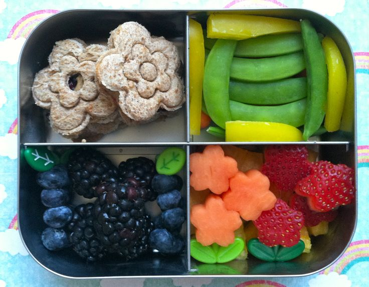 #vegan #rainbow #bento with flower sandwiches in a @LunchBots Quad @Kia Robertson / Today I Ate A Rainbow