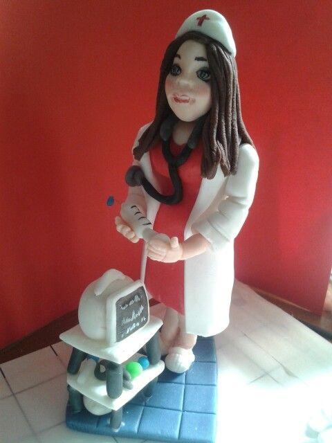 Statuetta infermiera