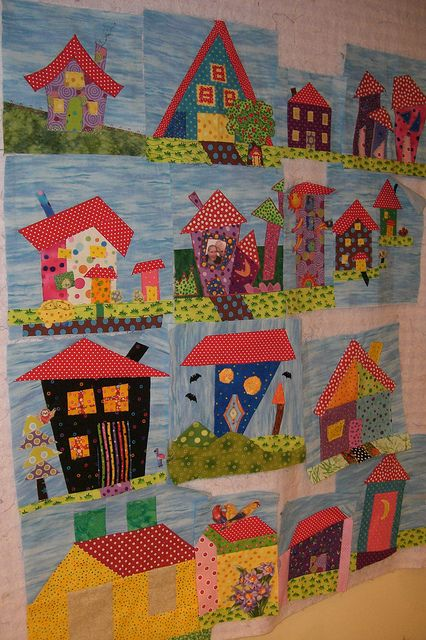 cute quilt: Quilts House, Wonky House, Funky House, Quilt House, House Block, House Quilts, Crazy House, Whimsical House, Baby Quilt