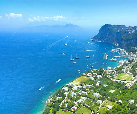 4 of the best places to visit on the Amalfi Coast http://www.aluxurytravelblog.com/2013/03/04/4-of-the-best-places-to-visit-amalfi-coast/