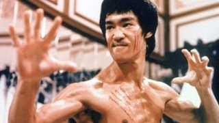 UVIOO.com - Top 10 Bruce Lee Moments