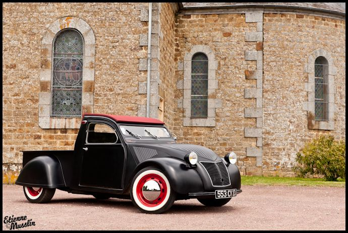 ..._2CV pick-up by Nicolas Vinatier