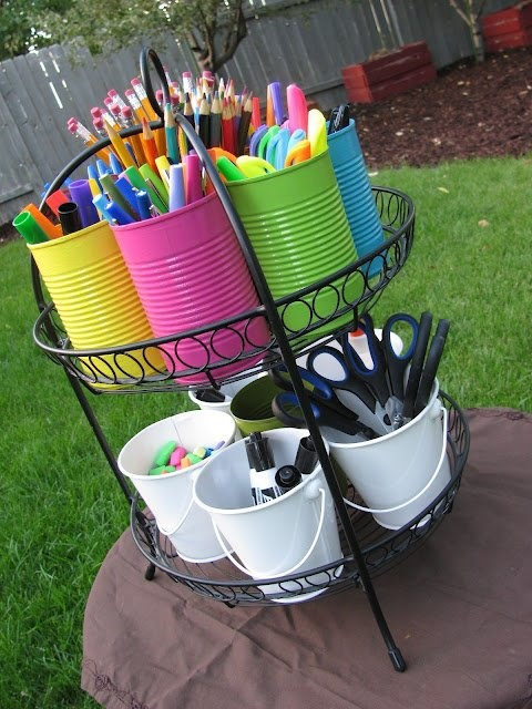 cute way to keep all that stuff organized!!
