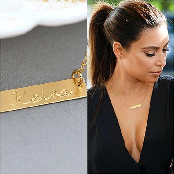 Barra de oro collar collar de placa Kardashian por MalizBIJOUX