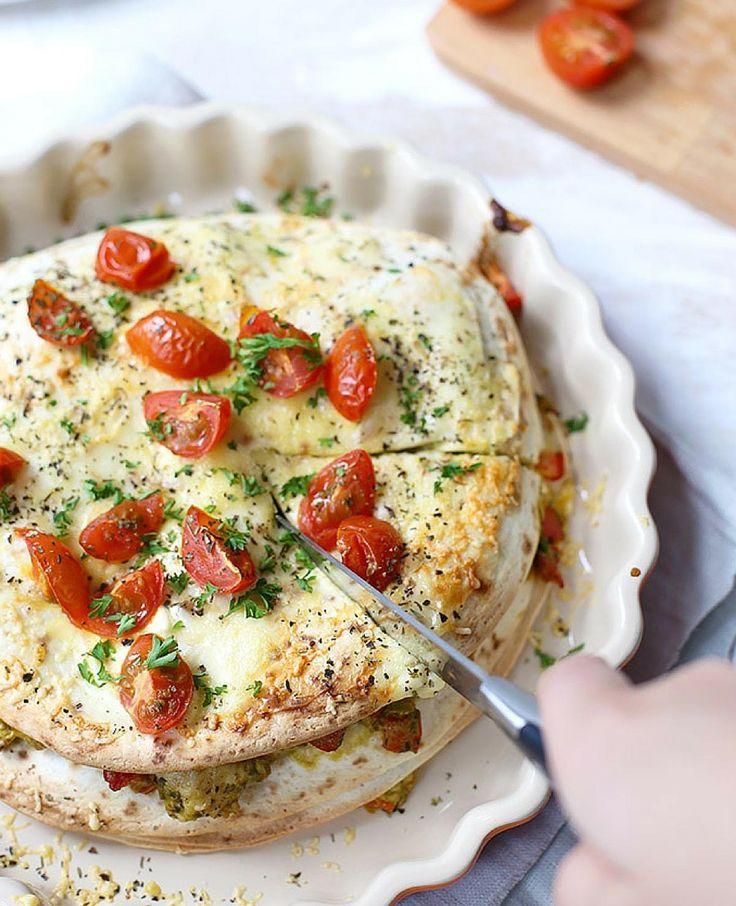 Recept: wraptaart met kip-pesto