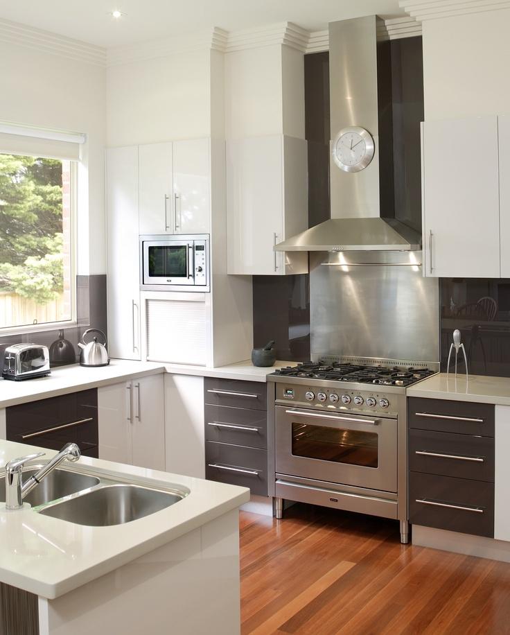 Renovation Rumble Kitchen: Ilve Rangehood And Oven