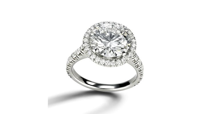 Cartier is ringing in the New Year with their latest engagement ring, the Cartier Destinée, inspired by the French jewelry house's legendary Solitaire 1895.