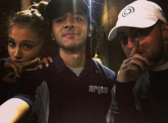 6e3d7d2016f ARIANA GRANDE AND MAC MILLER WITH FANS IN ATLANTA, GEORGIA #KIMILOVEE  #THEWIFE 👰🔐💍 PLEASE DON'T CHANGE MY CAPTIONS… | ♡ariana grande♡(My Wife)  edits♡ ...