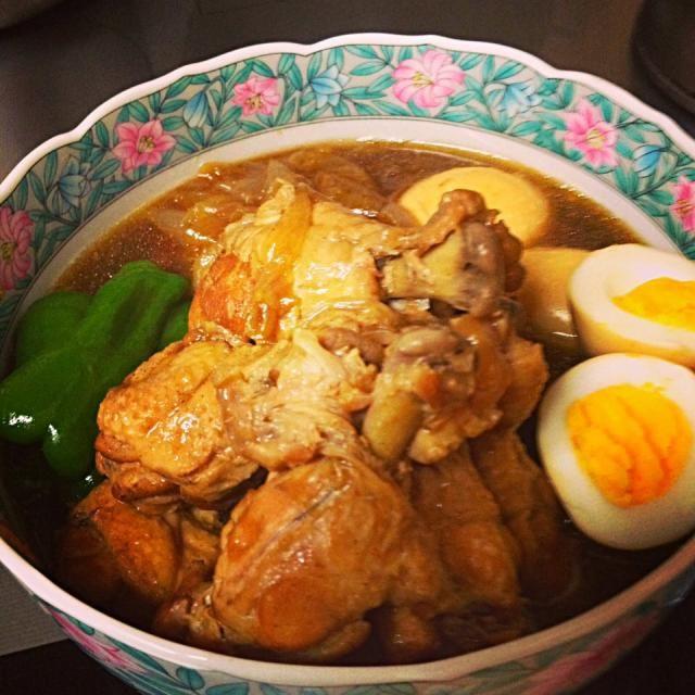 久々にまた作りました(≧∇≦) 本当に簡単で美味しい!! やっぱり裏切らないこのお味、最高です〜 - 116件のもぐもぐ - ちび隊長さんの料理 鶏手羽元のパイナップルジュース煮・mikisawaさんのほうれん草と蓮根のカレー炒め by ひとみ