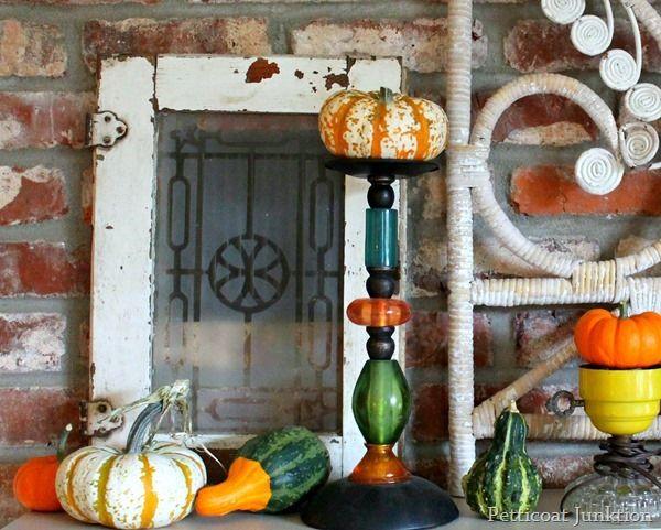 fall display mantel deco, Petticoat Junktion #fall #pumpkins #mantel