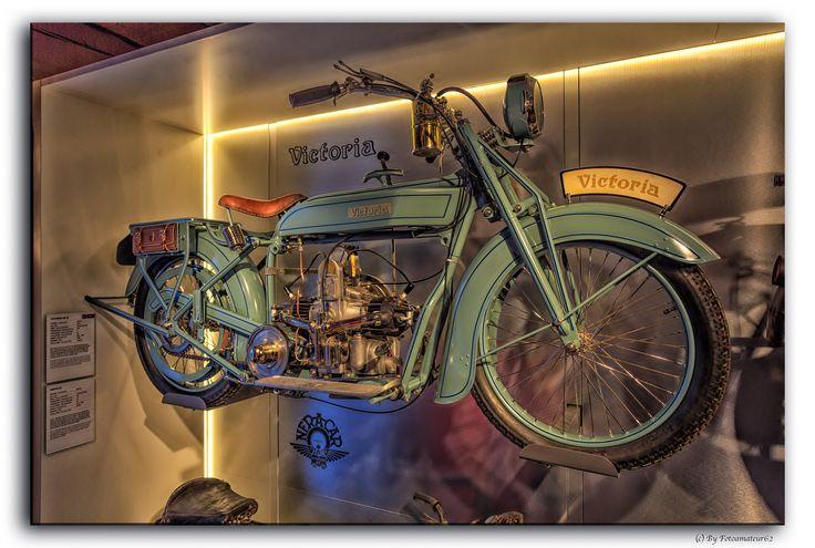 https://flic.kr/p/A2Vkrd | Oldtimer | PS Speicher Einbeck   #Flickr #Foto #Photo #Fotografie #Photography #canon6d #Travel #Reisen #德國 #照片 #出差旅行 #Einbeck #Germany #PSSpeicher #Deutschland #Auto #Car