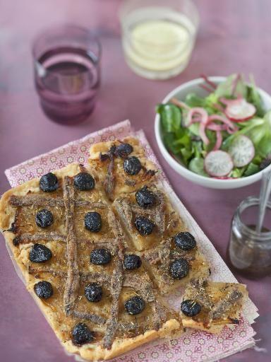 Pissaladière niçoise - Recette de cuisine Marmiton : une recette