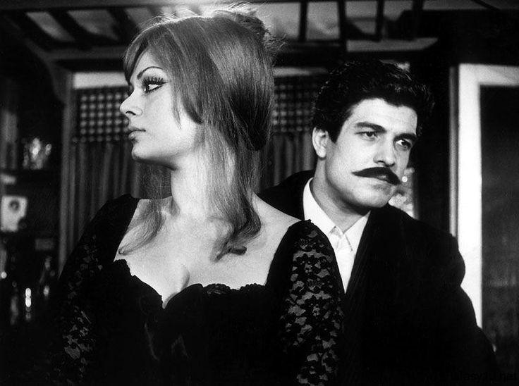 Vesikalı Yarim 1968 yapımı, Türk Sineması'nın iyi filmlerinden biridir. Başrollerinde Türkan Şoray ve İzzet Günay oynamaktadır.