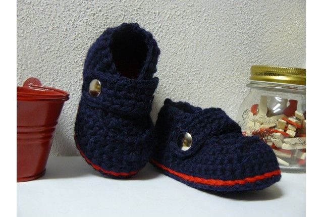 Baby boy Enzo crochet shoes