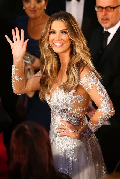 Delta Goodrem Photos Photos - Delta Goodrem arrives at the 58th Annual Logie Awards at Crown Palladium on May 8, 2016 in Melbourne, Australia. - 2016 Logie Awards - Arrivals