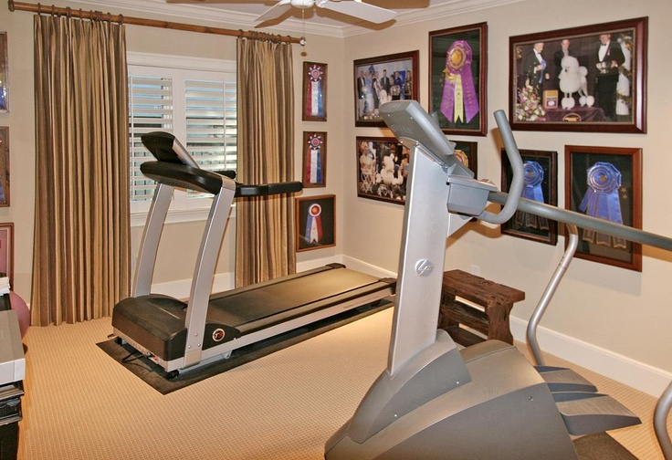 134 best home gym images on pinterest workout rooms basement ideas and basement workout room. Black Bedroom Furniture Sets. Home Design Ideas