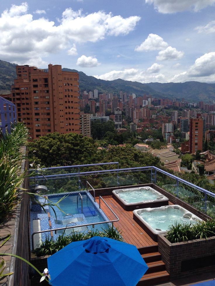 Coutry Club Medellín by Ambiente Azul
