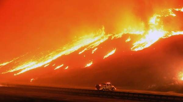 California wildfire burns 1,200 acres northwest of Los Angeles, Forces Highway Closure