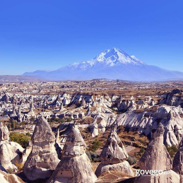 Herkese günaydın!   Bulutları delen zirvesi ve yaz ve kış üzerinden eksik olmayan karıyla, tatilcilere en uzun kayak sezonunu yaşatan Erciyes Dağı'nı hiç bu açıdan görmüş müydünüz. ️  ------------------------------------ govego.com/otobus-bileti  #doğa #naturel #yeşil #green #life #lifeisgood #seyahatetmek #seyahat #yolculuk #gezi #view #manzara #gününkaresi #huzur #an  #anatolia #turkey