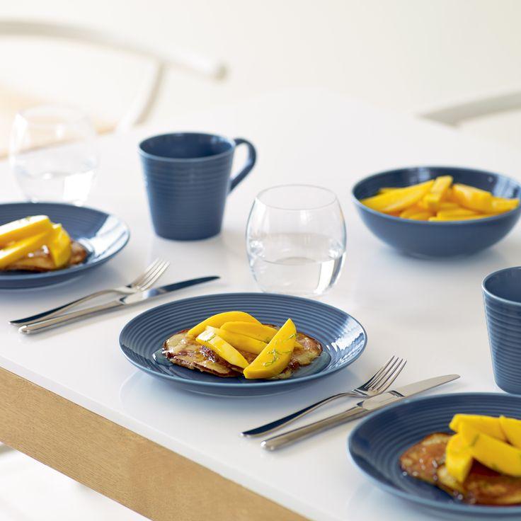 Gordon Ramsay by Royal Doulton Maze dinnerware in 'denim'