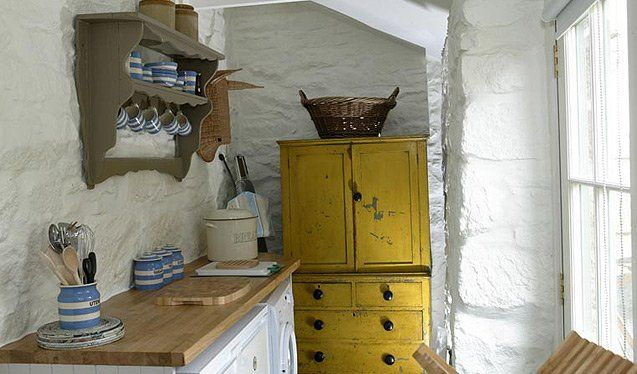 Harris Cottage, Newquay, Cornwall http://www.duchyofcornwallholidaycottages.co.uk/cottage/harris-cottage.php