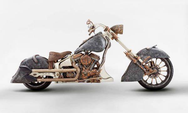 Ecco Medusa, la moto più costosa del mondo. Oltre un milione di dollari per questa custom realizzata in Turchia da uno dei preparatori più eccentrici in circolazione. Particolari? Telaio in oro, motore da 1801 cc e sul serbatoio una vera scultura.
