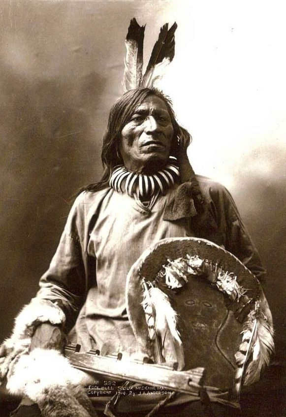 "Fool Bull, ""Tatanka Witko""; Brule Sioux Medicine Man and warrior. Credit: John A. Anderson, 1900."